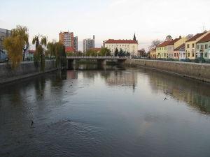 Střední průmyslová škola Edvarda Beneše a Obchodní akademie Břeclav