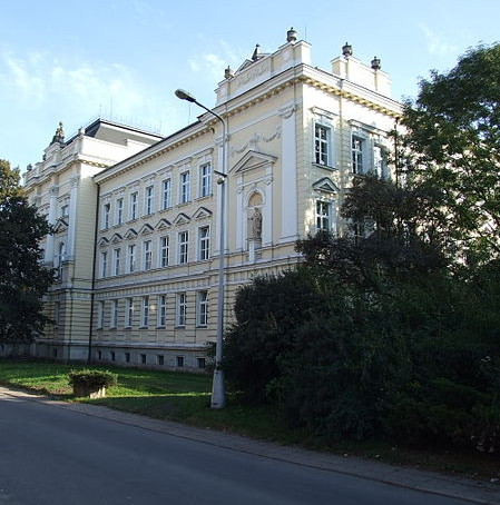 Biskupské Gymnázium J.N. Neumanna